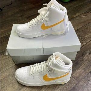 Nike Air Force 1 High 07 ( white & yellow)
